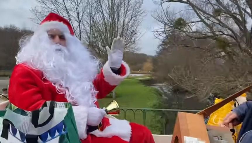 Arrivée du Père-Noël à Valloire-sur-Cisse